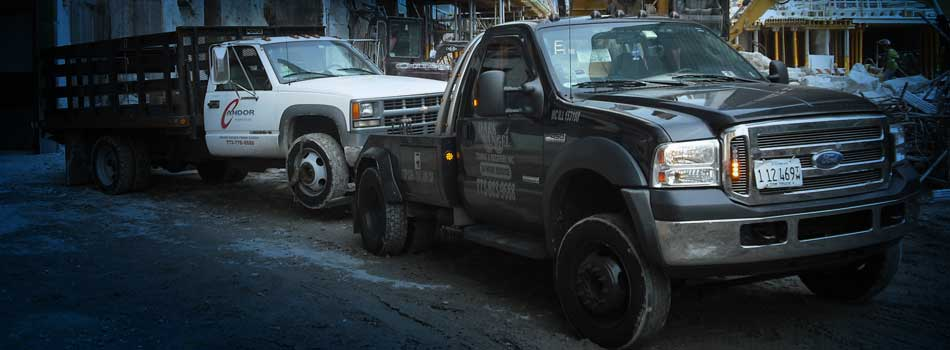"<a href=""services_towing.html""><b>Dark Angel Towing: A Premier Chicago Towing Service</b></a><p>We rescue stranded and distressed drivers and promise to assist you in every way possible during this critical time.</p>"